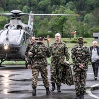 Chef der Armee besucht das Schütze 6i in Mollis